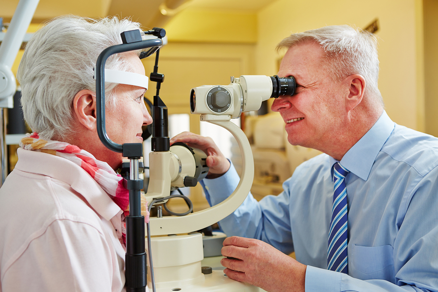 Elder Care in Pittsburgh PA: Senior At-Home Eye Tests