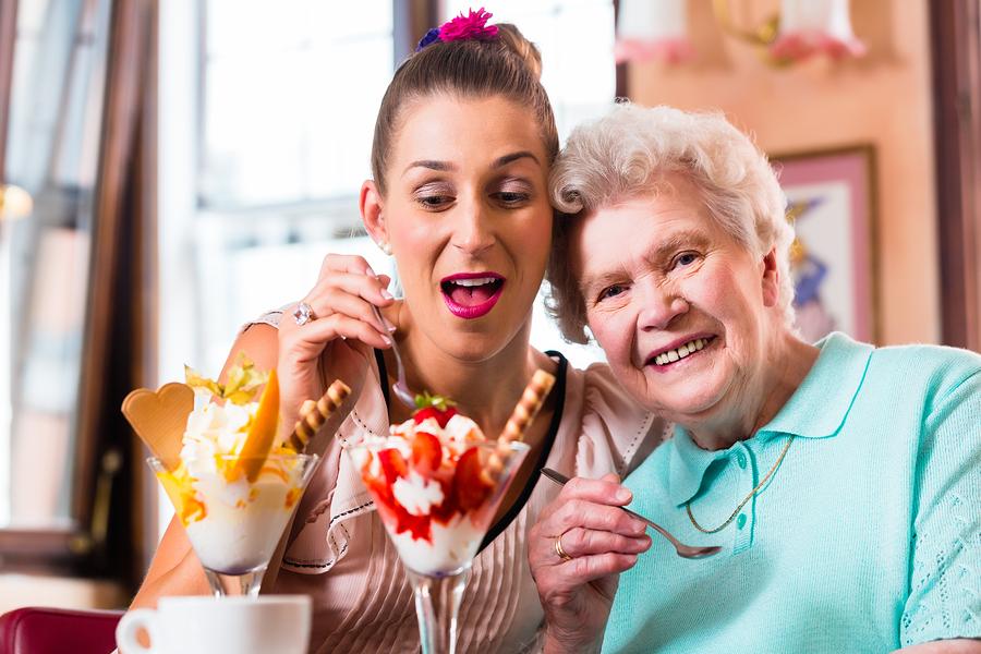 Caregiver in Edgewood PA: Senior Appetite